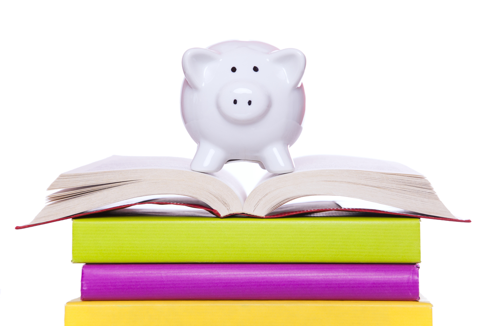 Give your student a head start with financial literacy lessons at home